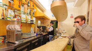 ナポリのカフェ